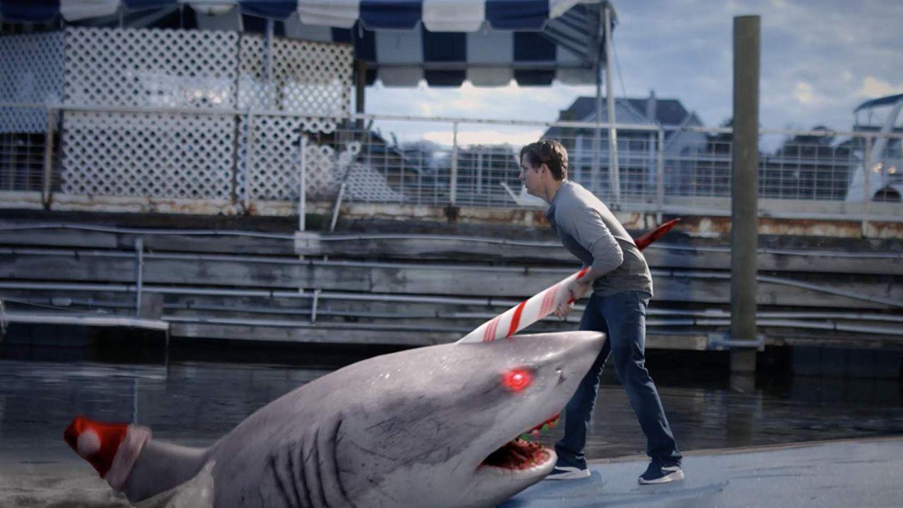 Santa Jaws: squali killer vestiti da Babbo Natale, il film trash perfetto per Halloween