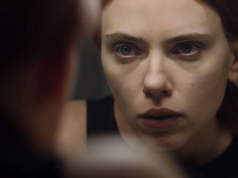 Scarlett Johansson sfida Taskmaster in questa stupenda foto promozionale di Black Widow