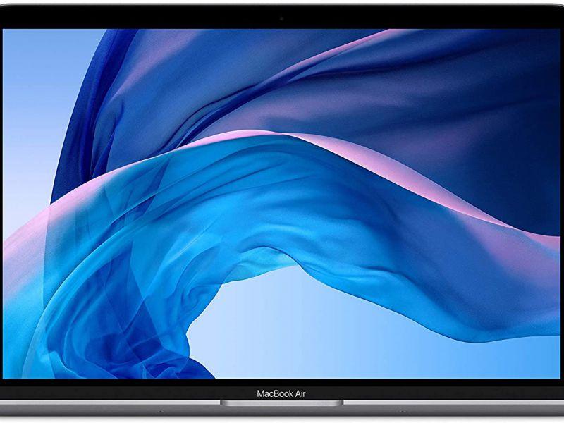 Sconti Amazon: MacBook Air da 13' disponibile al prezzo più basso di sempre