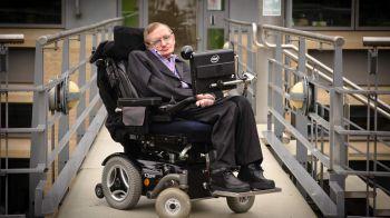 Secondo Stephen Hawking l'IA potrebbe segnare la fine dell'umanità