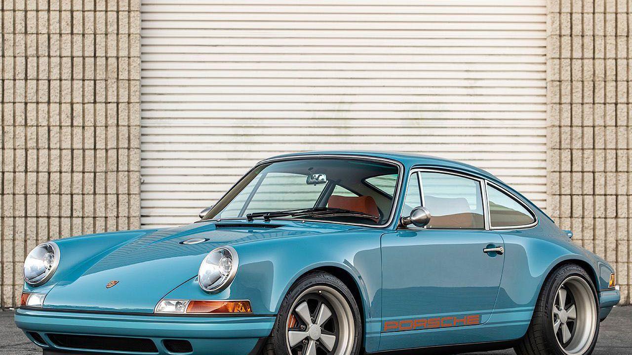 Singer ha rivelato una meravigliosa Porsche 911 custom