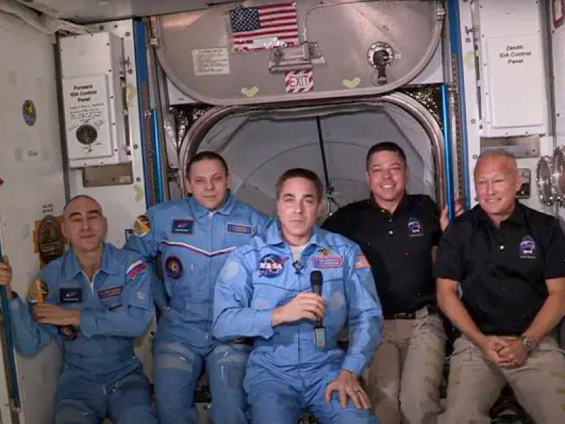 SpaceX ce l'ha fatta: i due astronauti sono entrati all'interno dell'ISS. Ecco il video