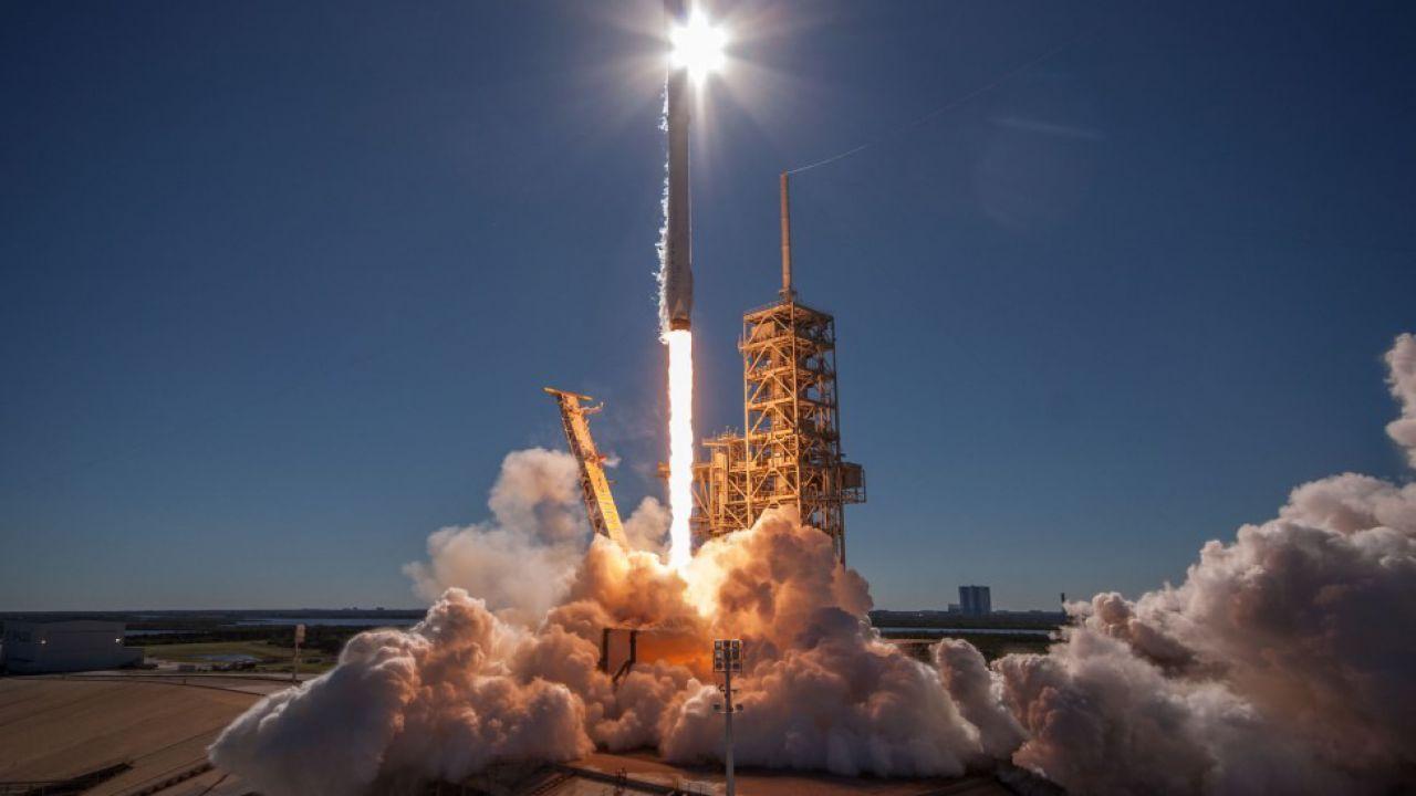 SpaceX inarrestabile: lancerà un satellite per conto della Corea del Sud