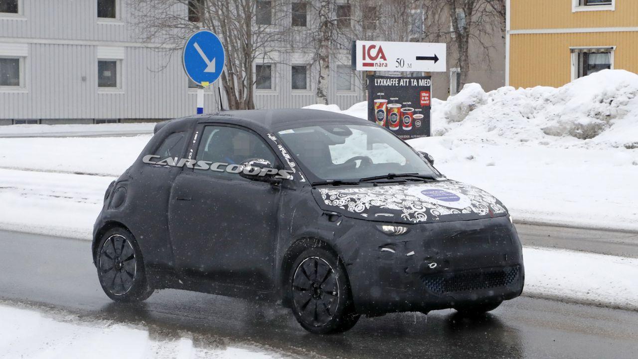 Spiato il nuovo modello di Fiat 500e, costerà meno di quello attuale