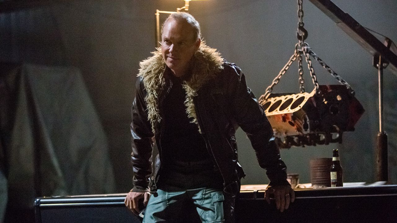 Spider-Man, l'Avvoltoio di Michael Keaton in un look inedito scartato