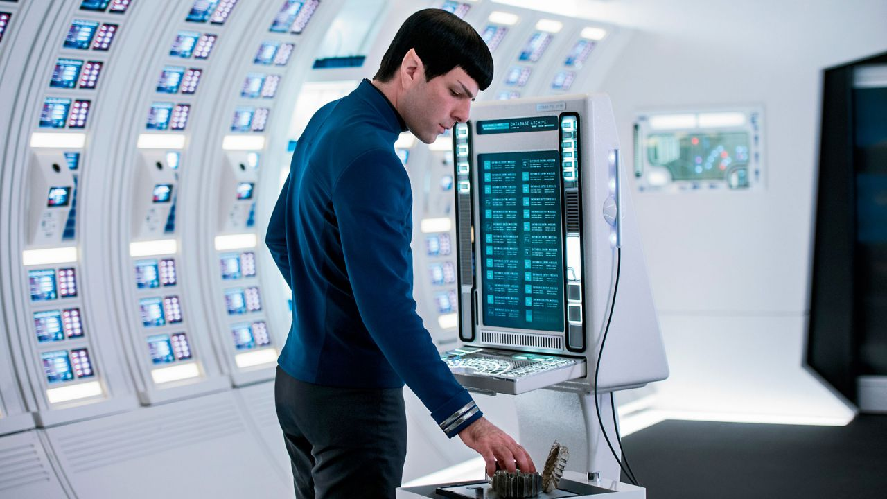 Rihanna, Sledgehammer: canzone per la colonna sonora di Star Trek: Beyond