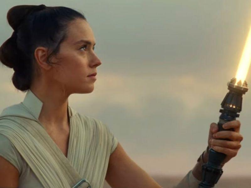 Star Wars: L'Ascesa di Skywalker, come funziona la spada laser di Rey?