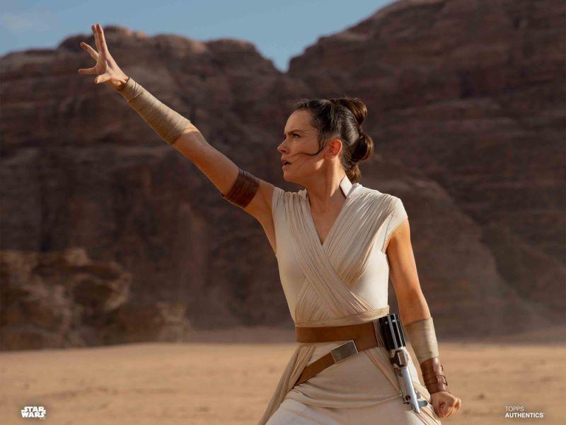 Star Wars: Daisy Ridley conobbe le origini di Rey solo in L'Ascesa di Skywalker