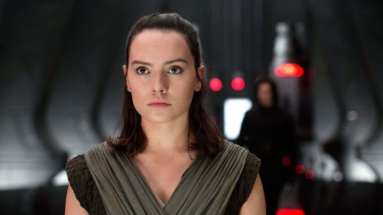 Star Wars, Daisy Ridley risponde alle critiche del senatore Ted Cruz:'Felice di com'è Rey'