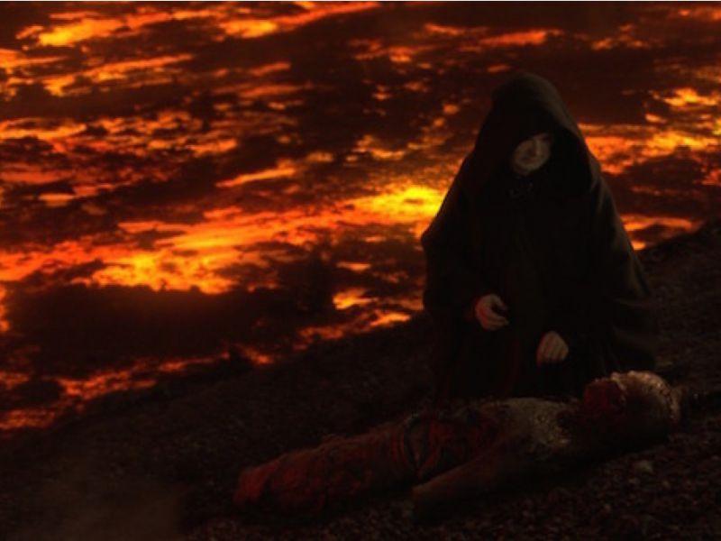 Star Wars, perché Palpatine salvò Anakin su Mustafar? Una teoria lo spiega