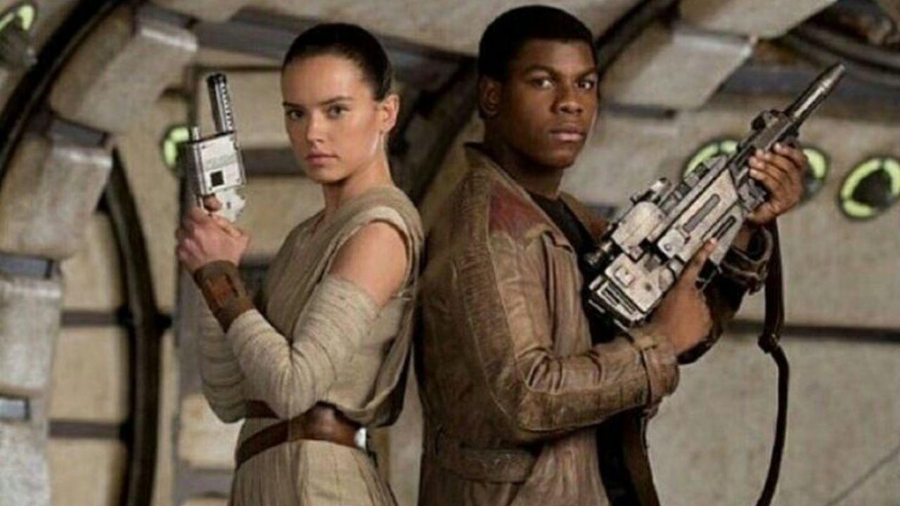 Star Wars: la romance tra Finn e Rey? Fu eliminata nel romanzo de Il Risveglio della Forza