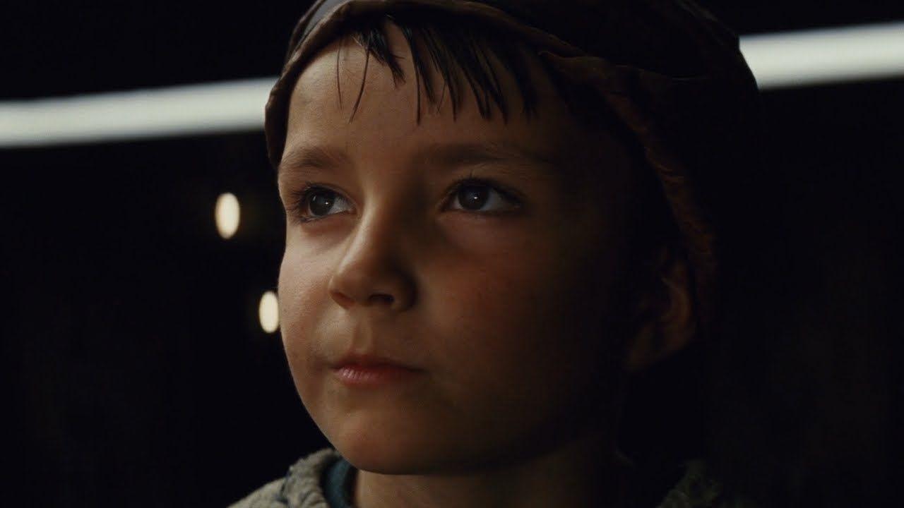 Star Wars: Gli Ultimi Jedi, il bambino con la scopa vorrebbe tornare come Jedi in futuro