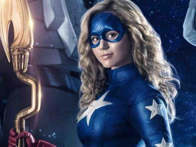 Stargirl è pronta al crossover con l'Arrowverse: 'aspettiamo solo il momento giusto'