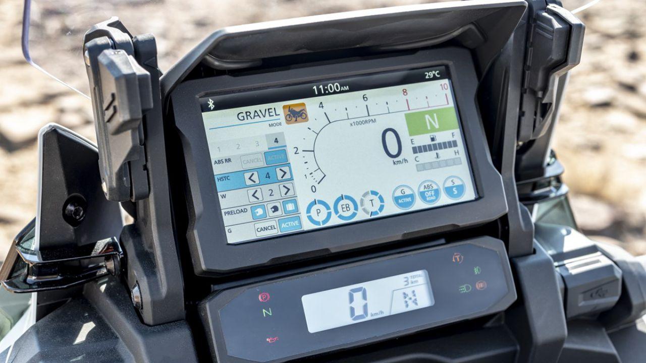 Sul sito Honda arriva il simulatore della strumentazione Touch TFT della CRF1100L