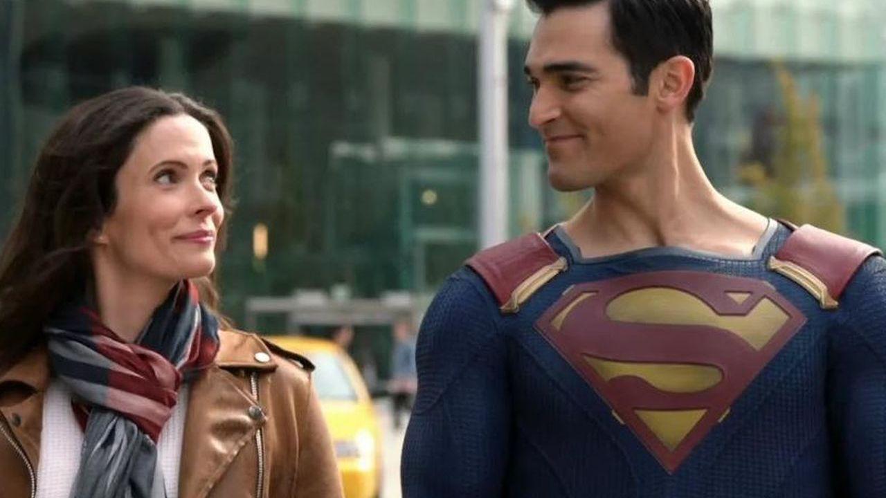 Superman & Lois: Bitsie Tulloch protagonista di un poster inedito dedicato alla serie