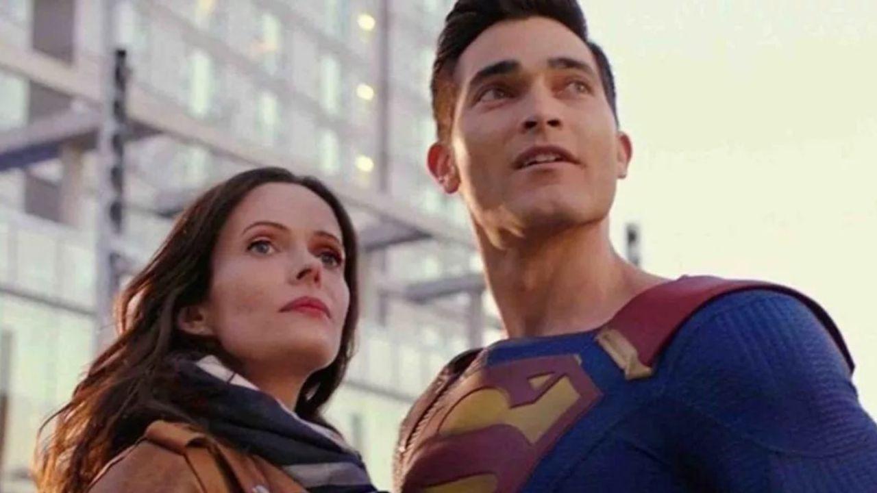 Superman & Lois, le prime foto dal set della serie: ecco Smallville!