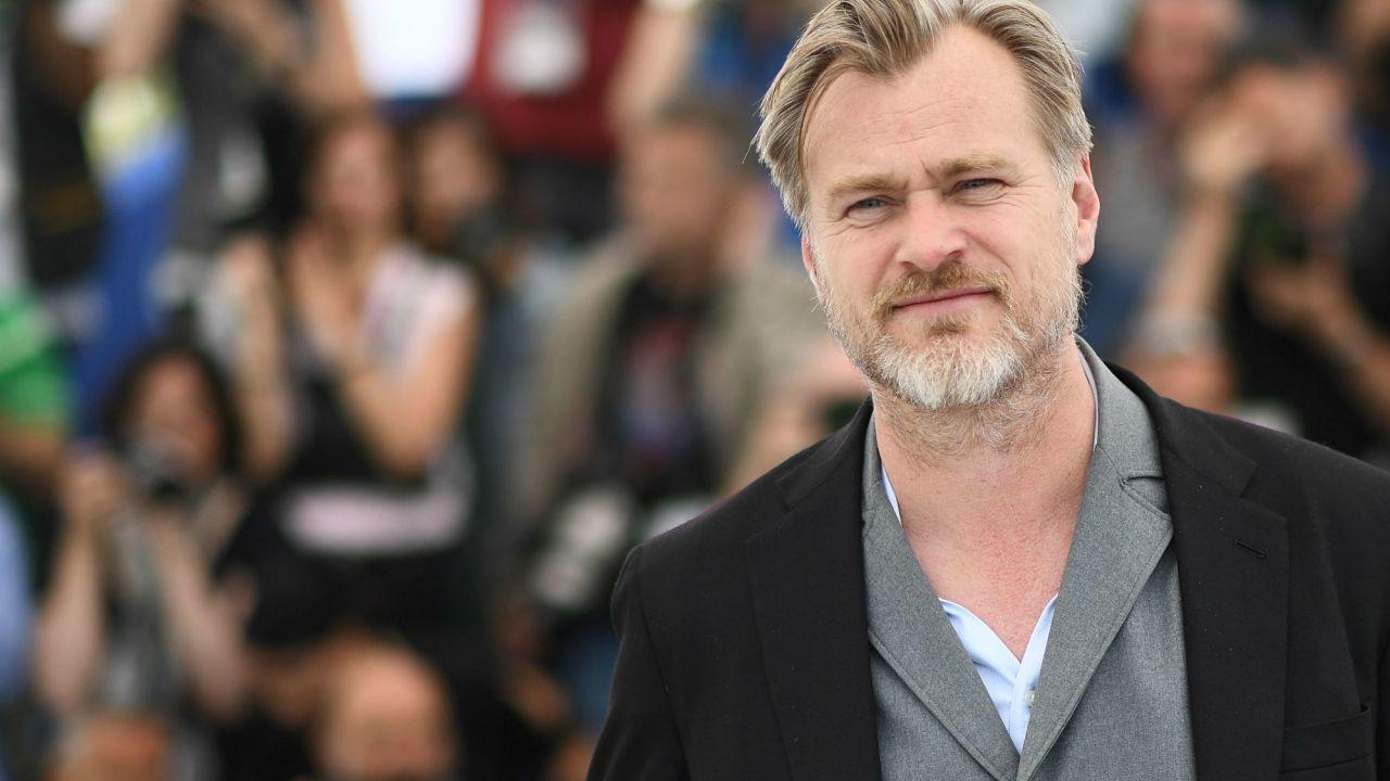 Tenet, Christopher Nolan pubblica un video su YouTube: ascoltate il messaggio del regista