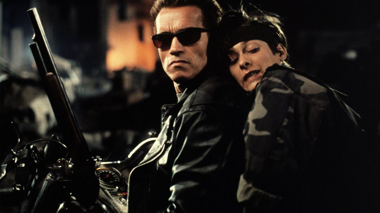 Terminator 2, i folli incidenti capitati sul set ad Arnold Schwarzenegger e Linda Hamilton
