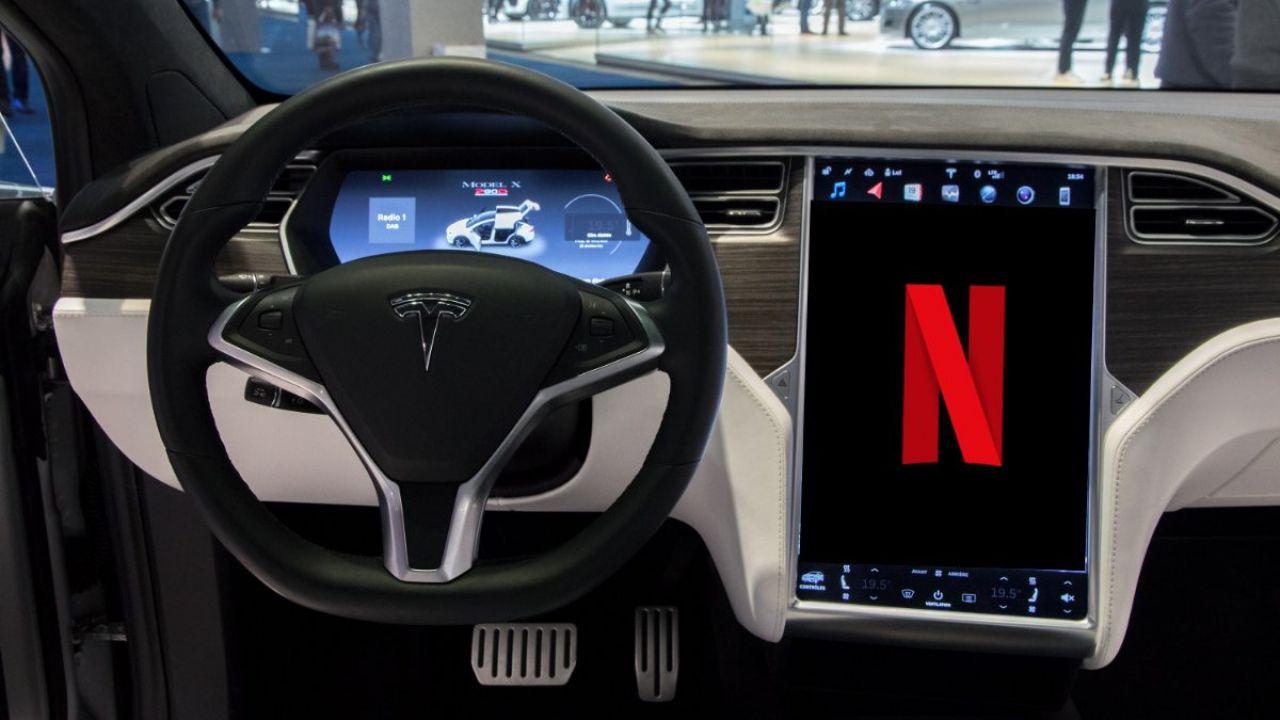 Tesla aggiorna l'infotainment delle Model S e Model X più datate: feature e prezzi
