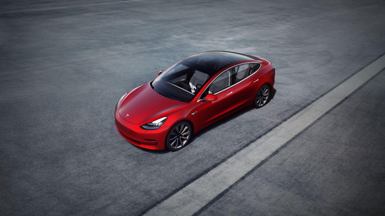 Tesla ha colto l'industria automobilistica europea alla sprovvista