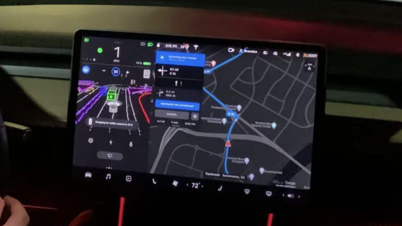 Tesla e Guida Autonoma: in arrivo 'aggiornamenti fondamentali'