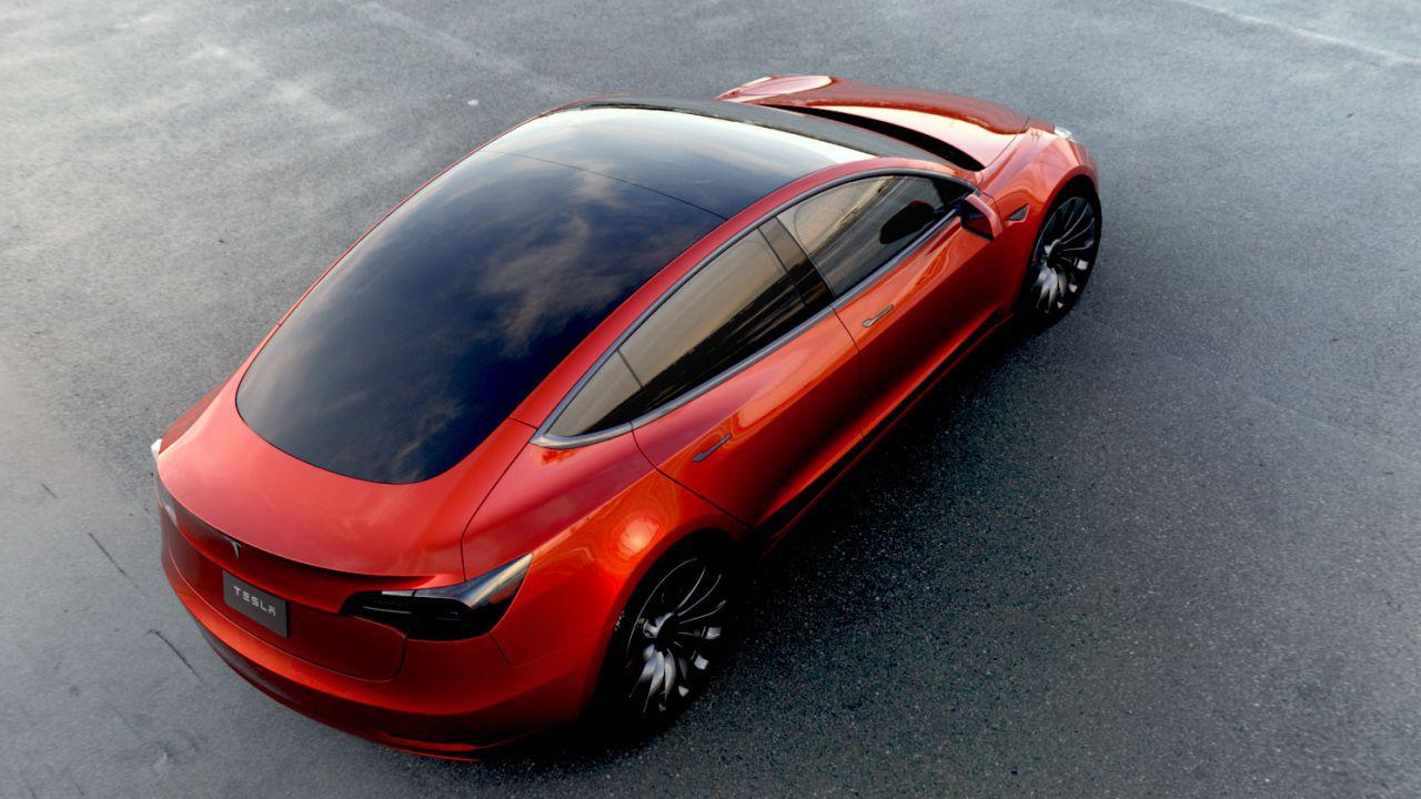 Tesla Model 3: prime fotografie e informazioni