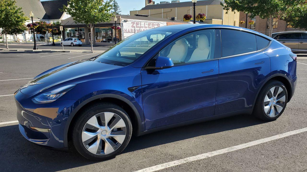 Tesla Model Y provata su strada da Autoblog: ecco l'esito