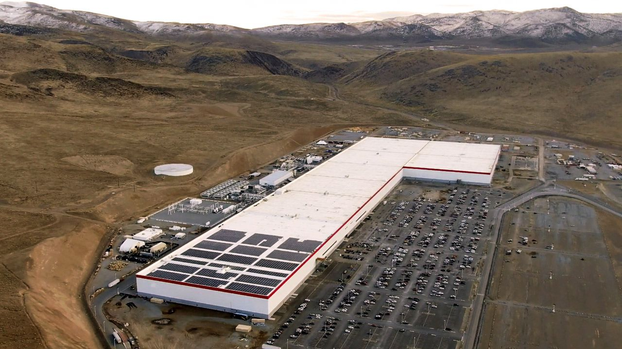 Tesla: Panasonic investirà 100 milioni di dollari nella Giga Nevada