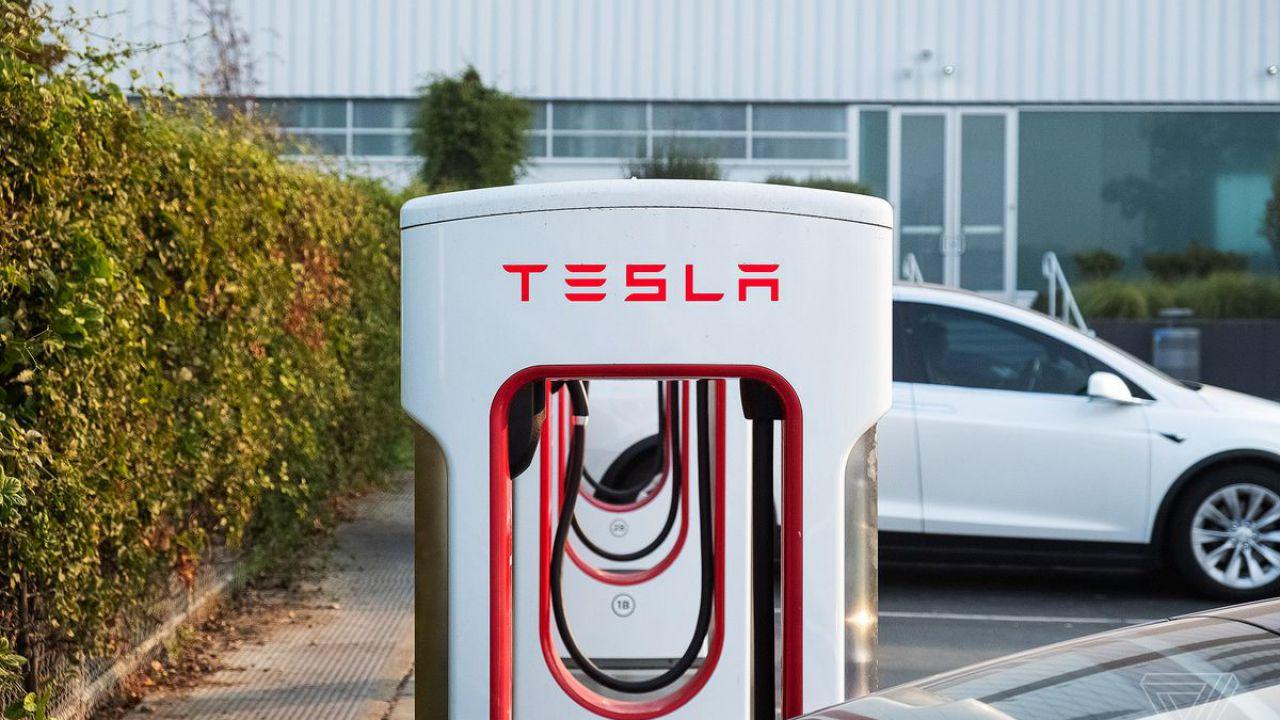 Tesla punta a chiudere il 2019 con un record, ecco la strategia per continuare a crescere