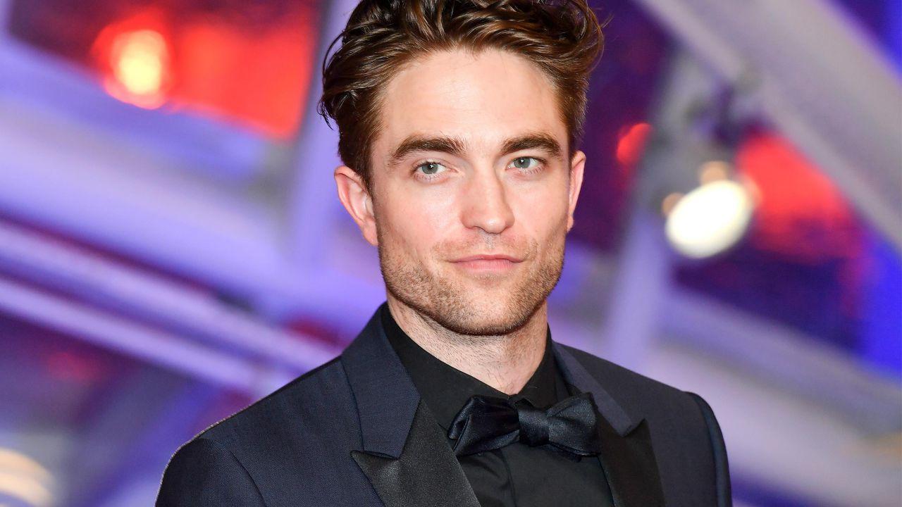 The Batman: Robert Pattinson è ancora nelle fasi iniziali di allenamento per il suo fisico
