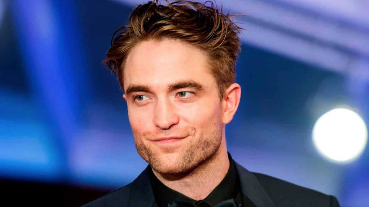 Robert Pattinson che ha frequentato ora siti di incontri gratuiti per 40 e fino