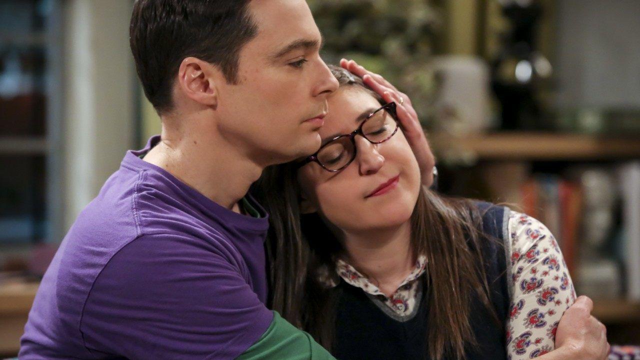 The Big Bang Theory, ecco spiegato il regalo di nozze di Leonard e Penny a Sheldon ed Amy