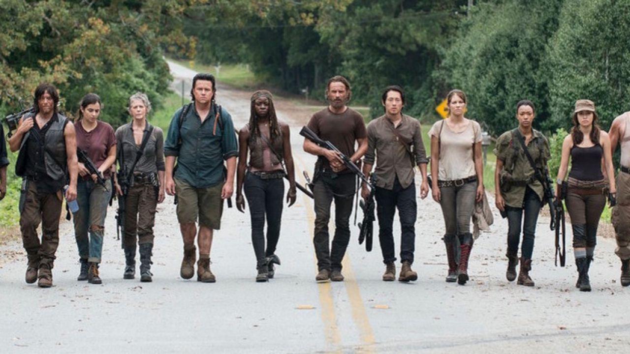 The Walking Dead: la toccante lettera dei produttori che svelò al cast la  fine della serie