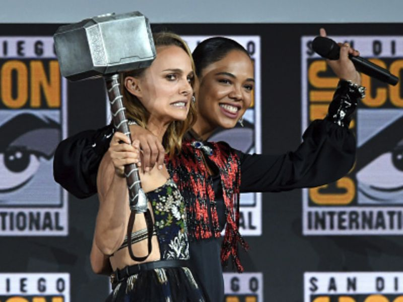 Thor: Love and Thunder, ecco Natalie Portman e Tessa Thompson sul set del film!