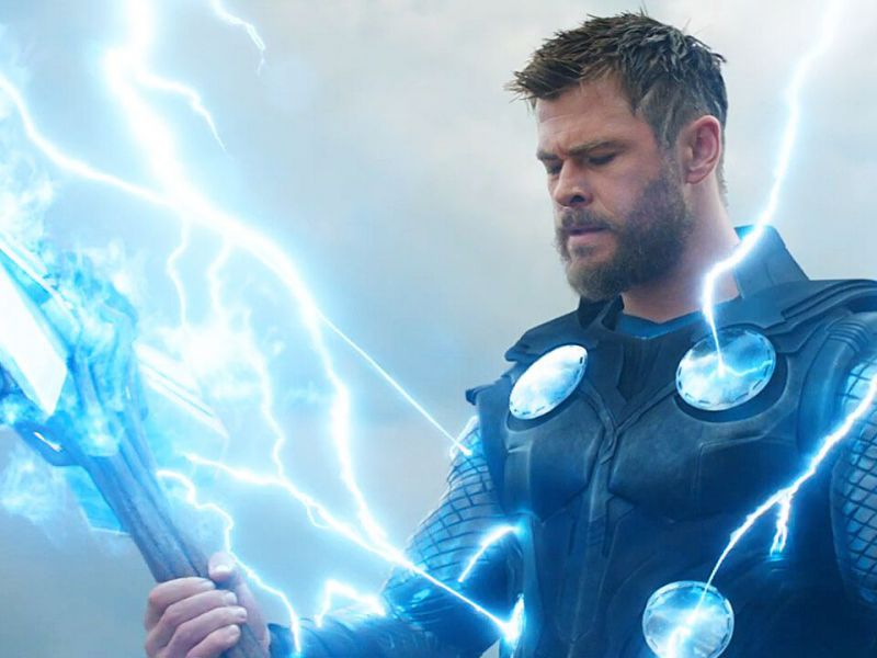 Thor Love and Thunder, dal set ecco la nuova armatura di Miek e le capre del Dio del Tuono