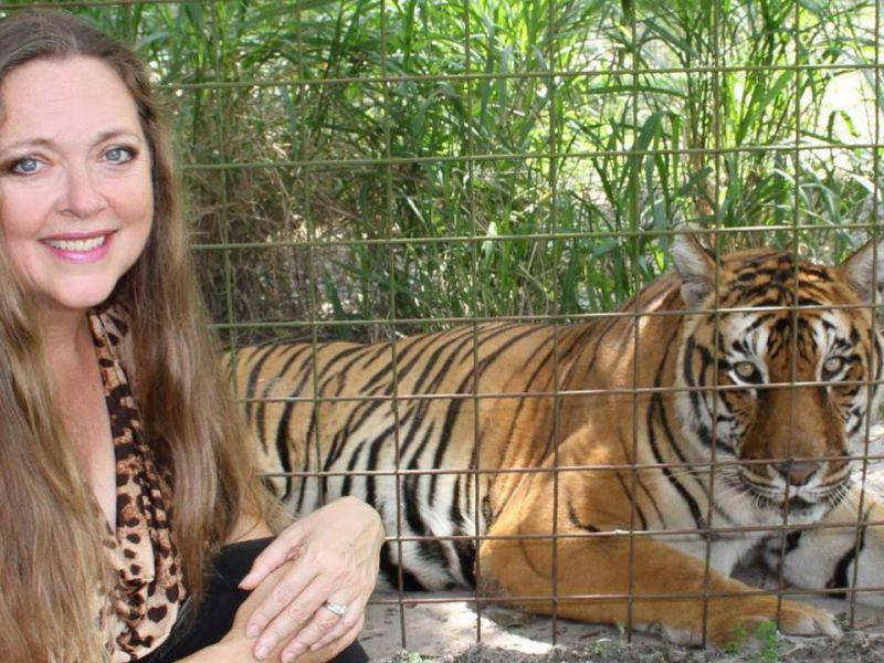 Tiger King, la famiglia di Don Lewis fa causa a Carole Baskin per diffamazione
