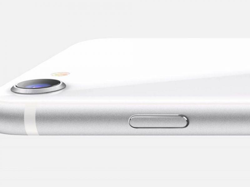 Tim Cook: 'iPhone SE 2020 è più veloce degli smartphone Android più veloci'