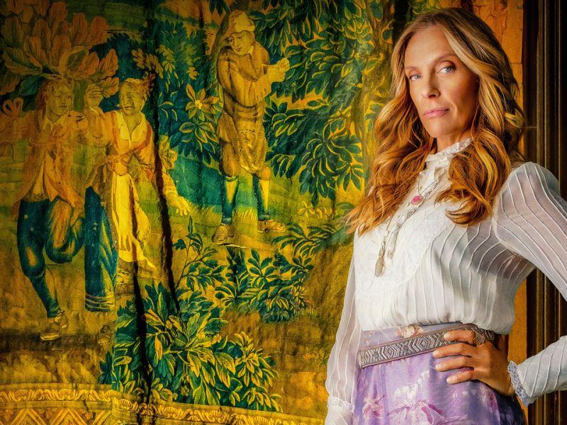 Toni Collette, la star di Hereditary debutta alla regia con Writers and Lovers