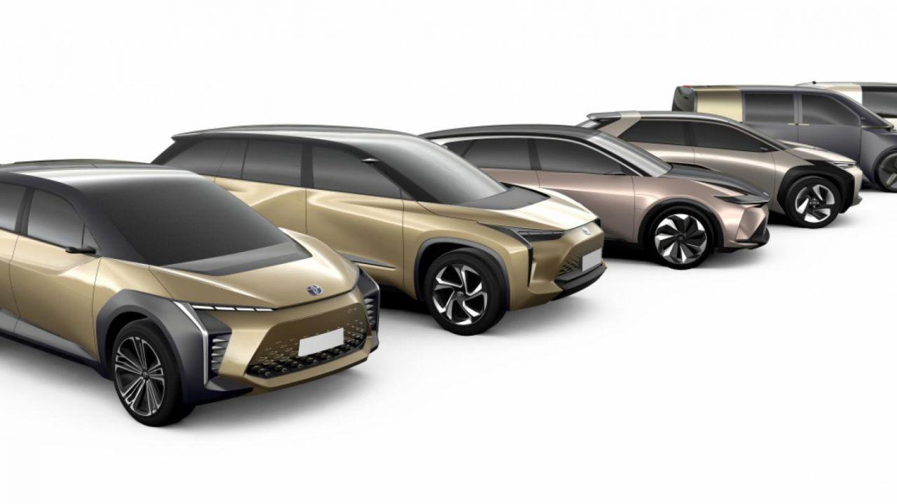 Toyota prepara le batterie allo stato solido: ecco la data del debutto