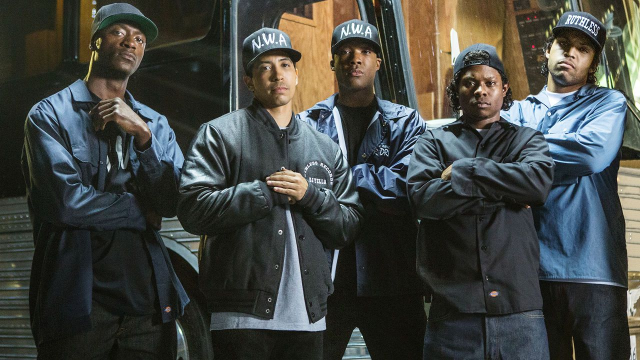 Trailer italiano, featurette e tante nuove clip per Straight Outta Compton