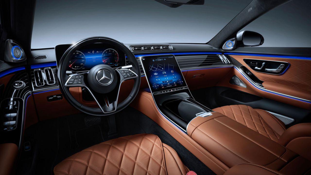 Tutta la tecnologia della Nuova Mercedes-Benz Classe S 2020: l'auto che viene dal futuro