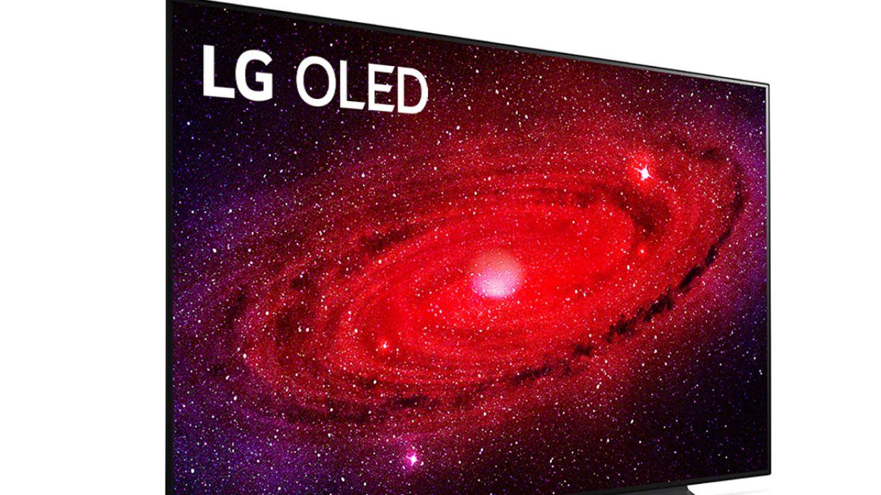 TV LG CX OLED da 65 pollici con soundbar e cuffie in sconto su Amazon