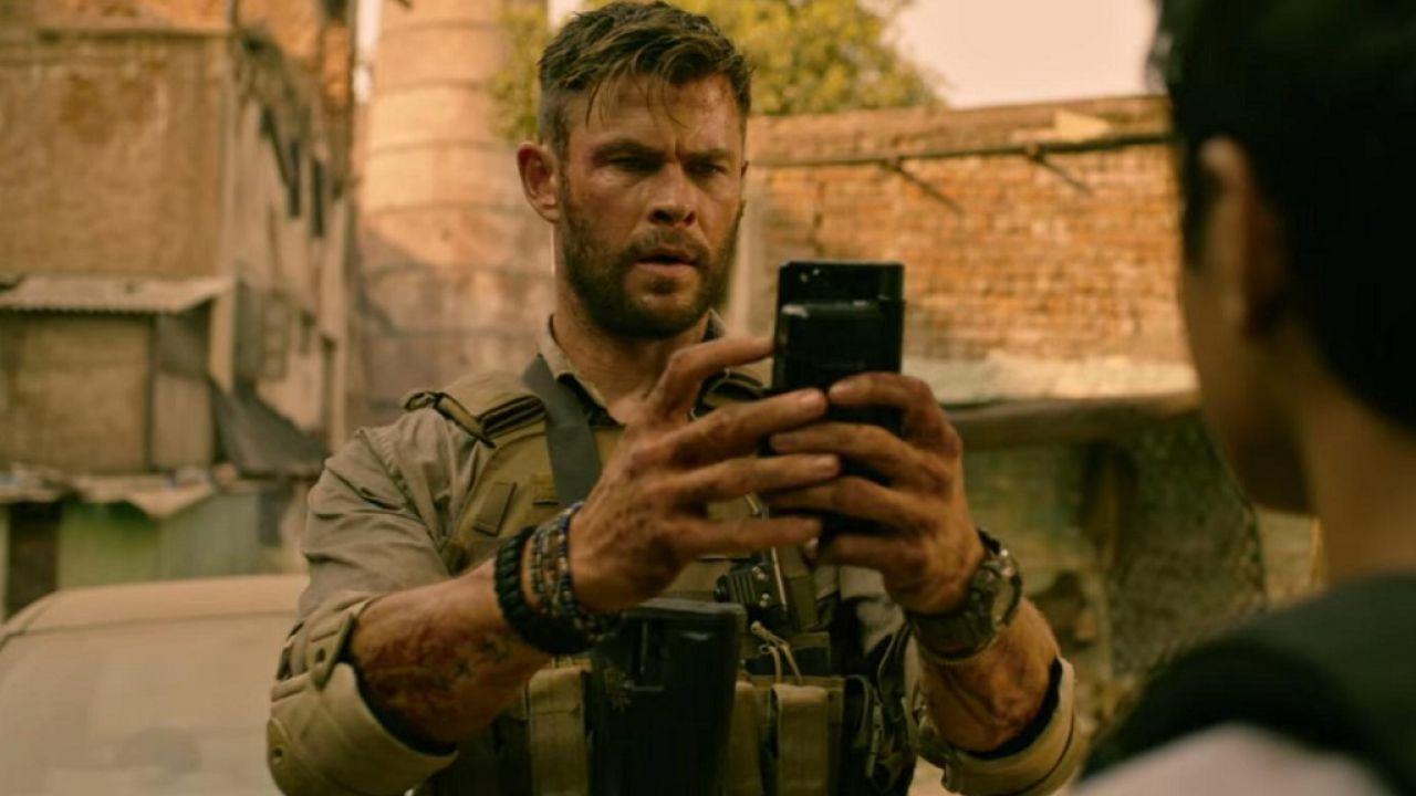 Tyler Rake, guardate Chris Hemsworth riempirvi di complimenti in questo video di Netflix
