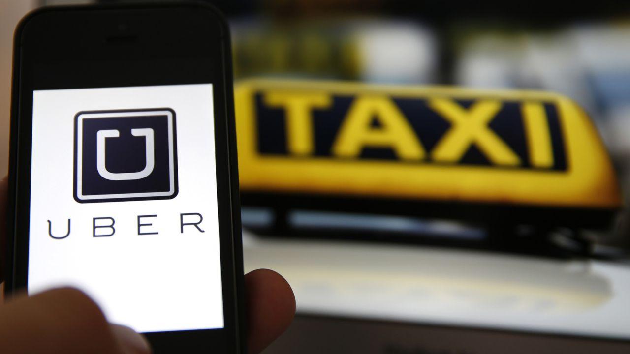 Il taxi? Arriva dal cielo: Uber progetta il veicolo volante