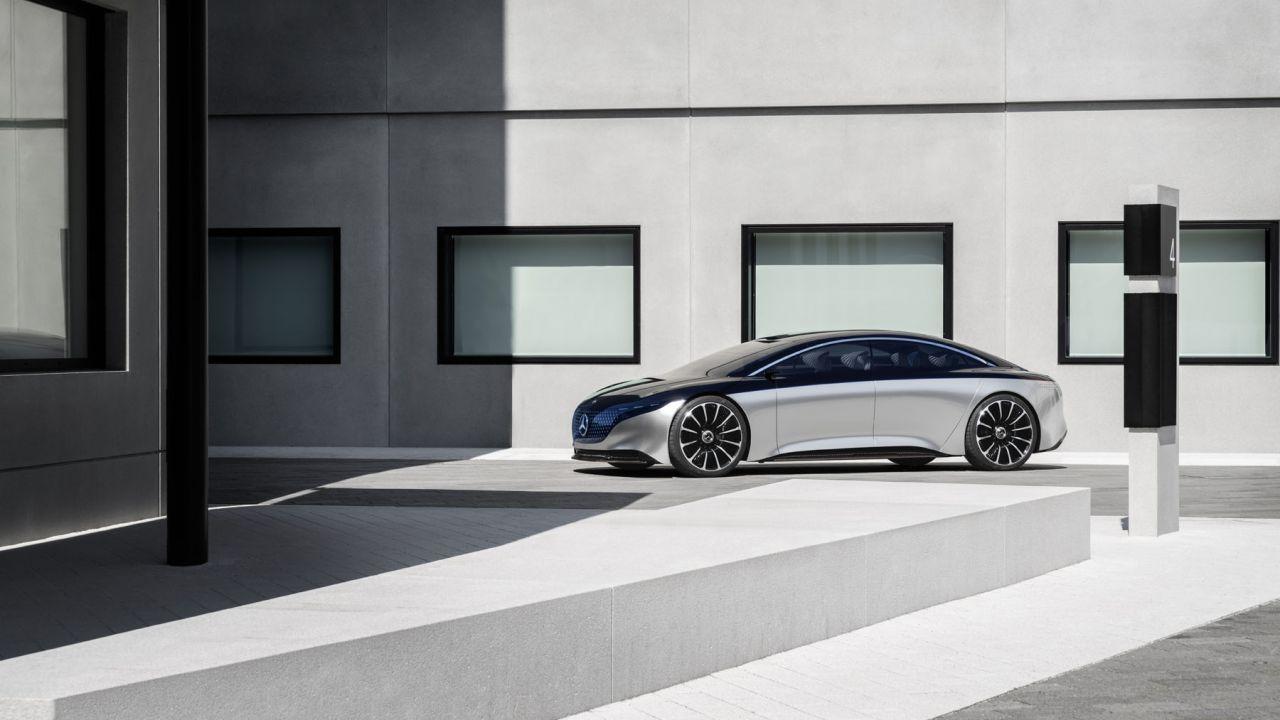 Ufficiale la Mercedes EQS AMG, berlina elettrica da 600 CV