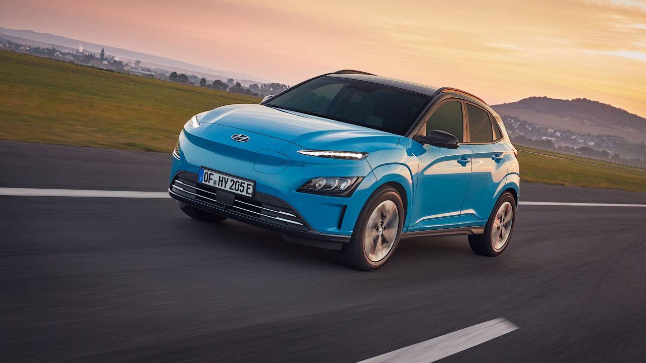 Ufficiale la nuova Hyundai Kona Electric: scopriamola dentro e fuori