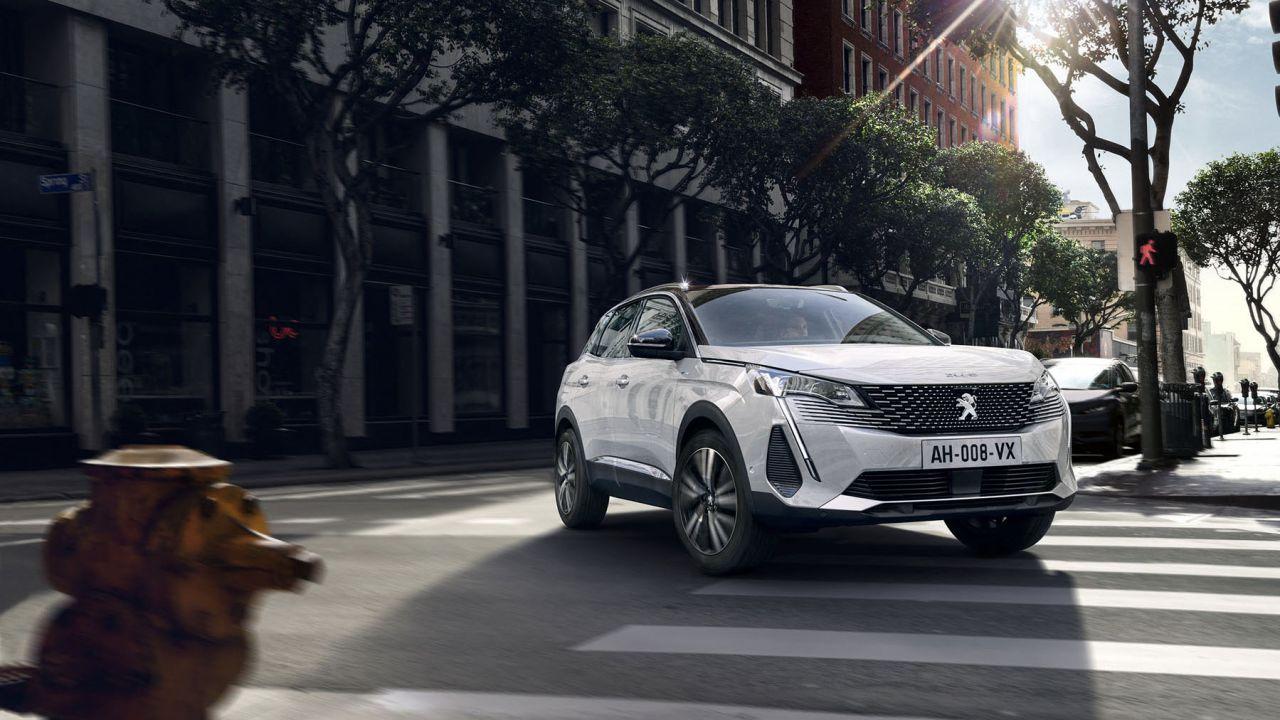 Ufficiale il nuovo Peugeot 3008 2021, anche Plug-In Hybrid 4WD