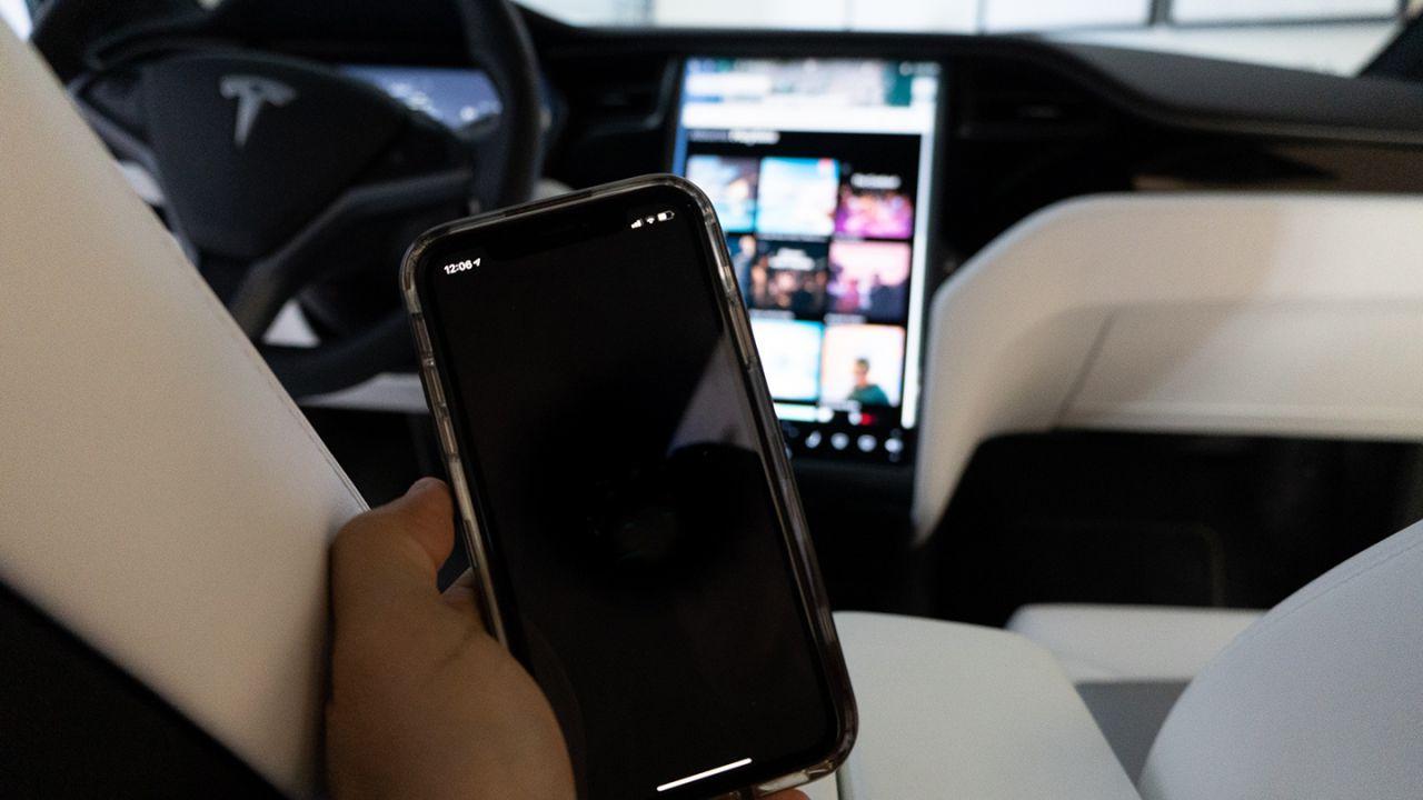 Ufficiale: Tesla aggiorna la politica di rimborso per gli acquisti in-app