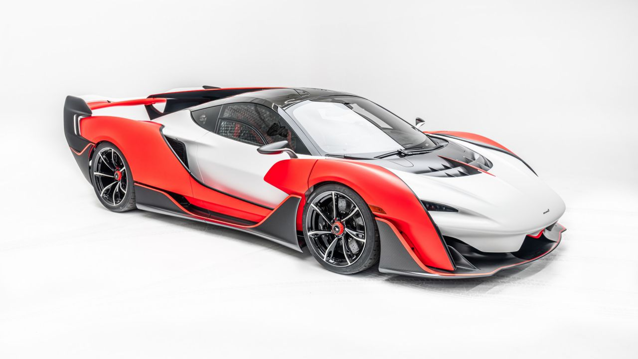Ufficializzata la McLaren Sabre: un'estrema supercar da 835 cavalli
