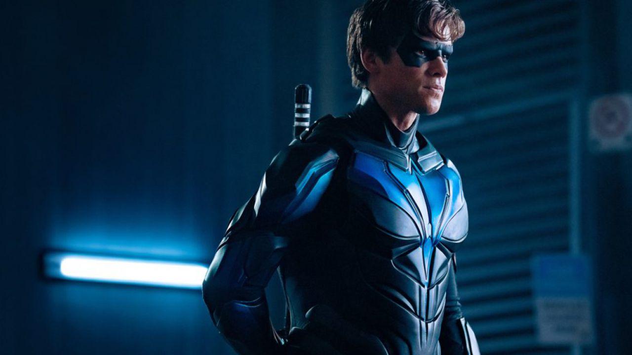 Un'immagine inedita ci mostra Nightwing già nella prima stagione di Titans